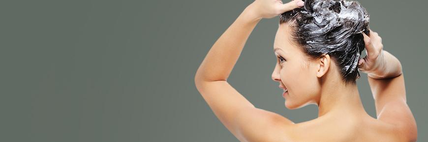 Viele verschiedenen Shampoos von Argan bis Keratin. Shampoo hat die Hauptaufgabe das Haar zu reinigen und zu pflegen.